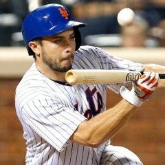 Mets designate struggling catcher d'Arnaud